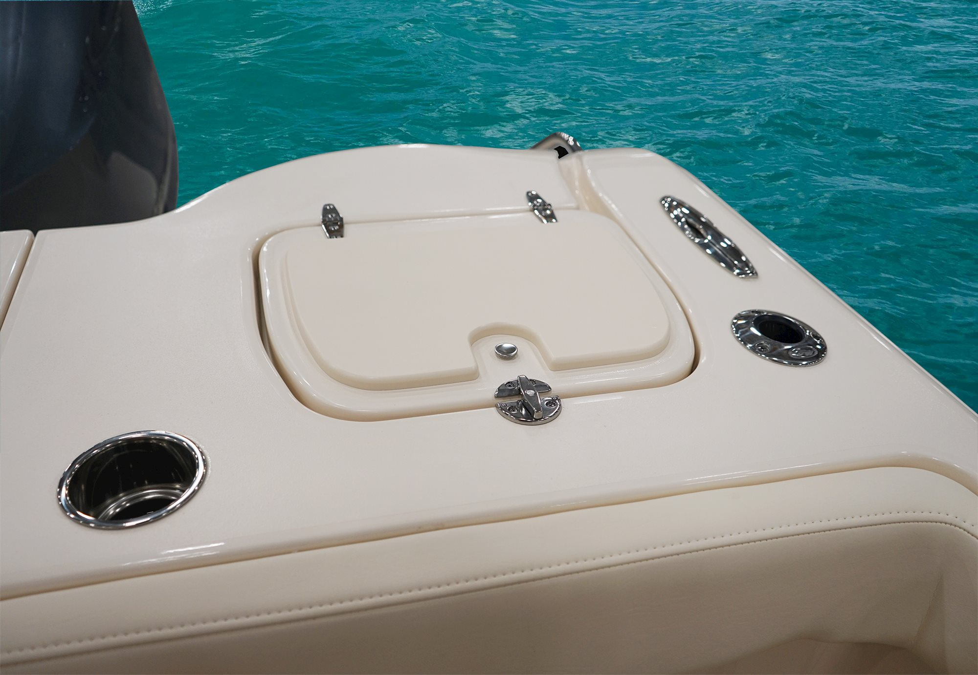 Grady-White | Canyon 326 Center Console