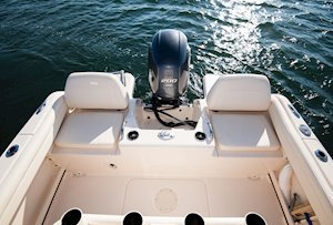 Grady-White Fisherman 216 21-foot center console self-bailing cockpit