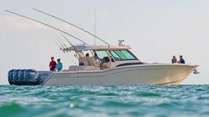 Grady-White Canyon 456 45-foot center console fishing boat cruising