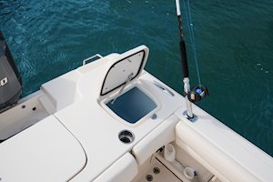 Grady-White Canyon 271 27-foot center console livewell
