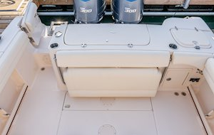 Grady-White Canyon 271 27-foot center console cockpit overall