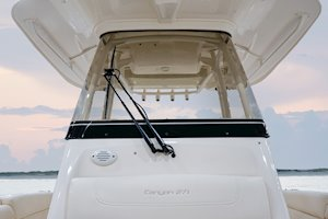 Grady-White Canyon 271 27-foot center console windshield