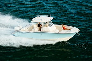Grady-White Canyon 326 32-foot center console running