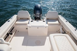 Grady-White Freedom 215 21-foot dual console self-bailing cockpit