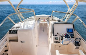 Grady-White Freedom 275 27-foot dual console boat helm and consoles