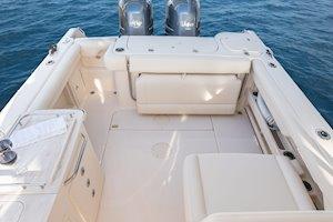 Grady-White Freedom 275 27-foot dual console boat cockpit
