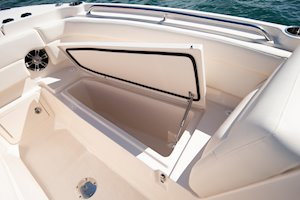 Grady-White Freedom 275 27-foot dual console boat starboard fish box