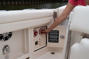 Grady-White Freedom 285 28-foot dual console boat battery select switches