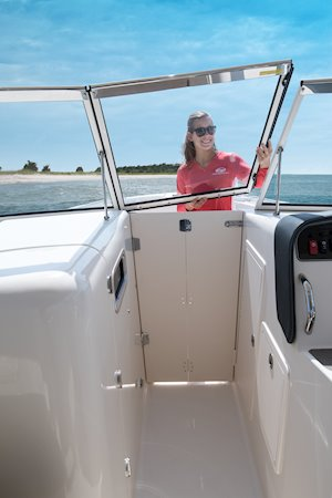 Grady-White Freedom 307 30-foot dual console windshield walk-through with windbreak door