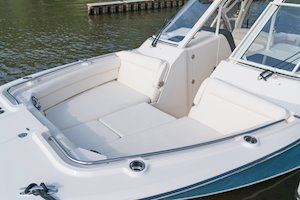 Grady-White Freedom 325 32-foot dual console fishing boat bow seating with insert