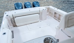 Grady-White Freedom 335 33-foot dual console fishing boat cockpit