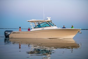 Grady-White Freedom 375 37-foot dual console fishing boat cruising