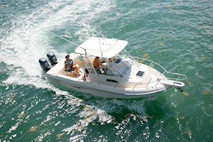 Grady-White Freedom 232 23-foot walkaround cabin fishing boat running from above