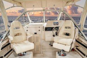 Grady-White Marlin 300 30-foot walkaround cabin boat command elite chairs