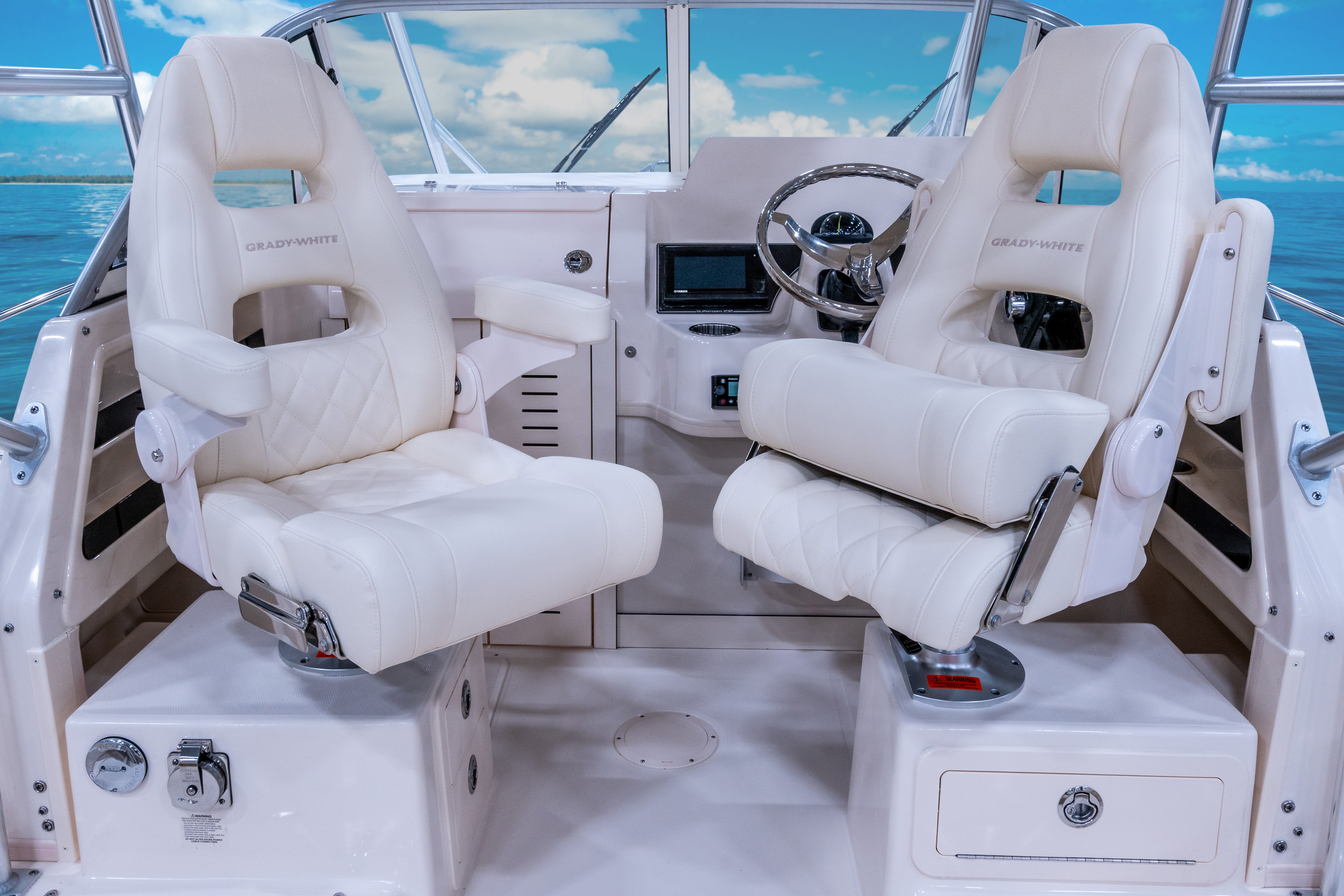 Gulfstream 232 Grady White 23 foot Walkaround Cabin Boat Command Elite Helm and Companion Chairs