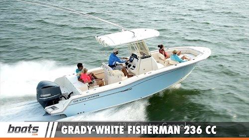 Boats.com Senior EditorLenny Rudow on the<em>Fisherman 236</em>