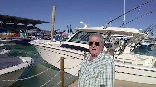 <em>Boating Magazine</em> on the <em>456</em>