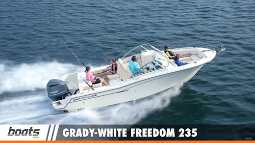 Boats.com Senior Editor <span>Lenny Rudow on the <em>Freedom 235</em></span>