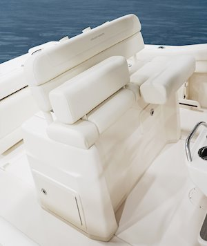 Grady-White Canyon 271 27-foot center console helm seat