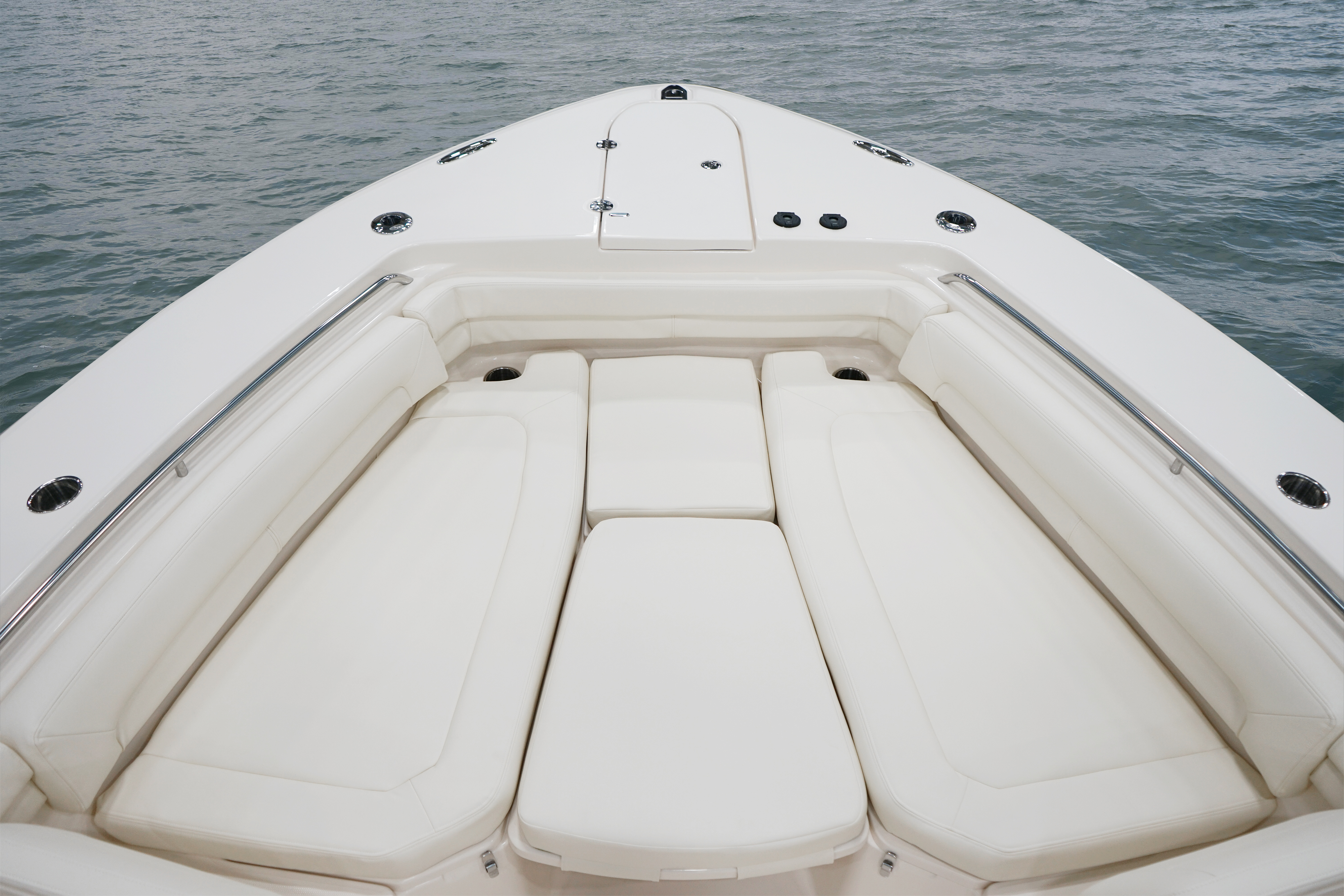 Grady-White Canyon 376, 37-foot center console casting platform insert with cushions
