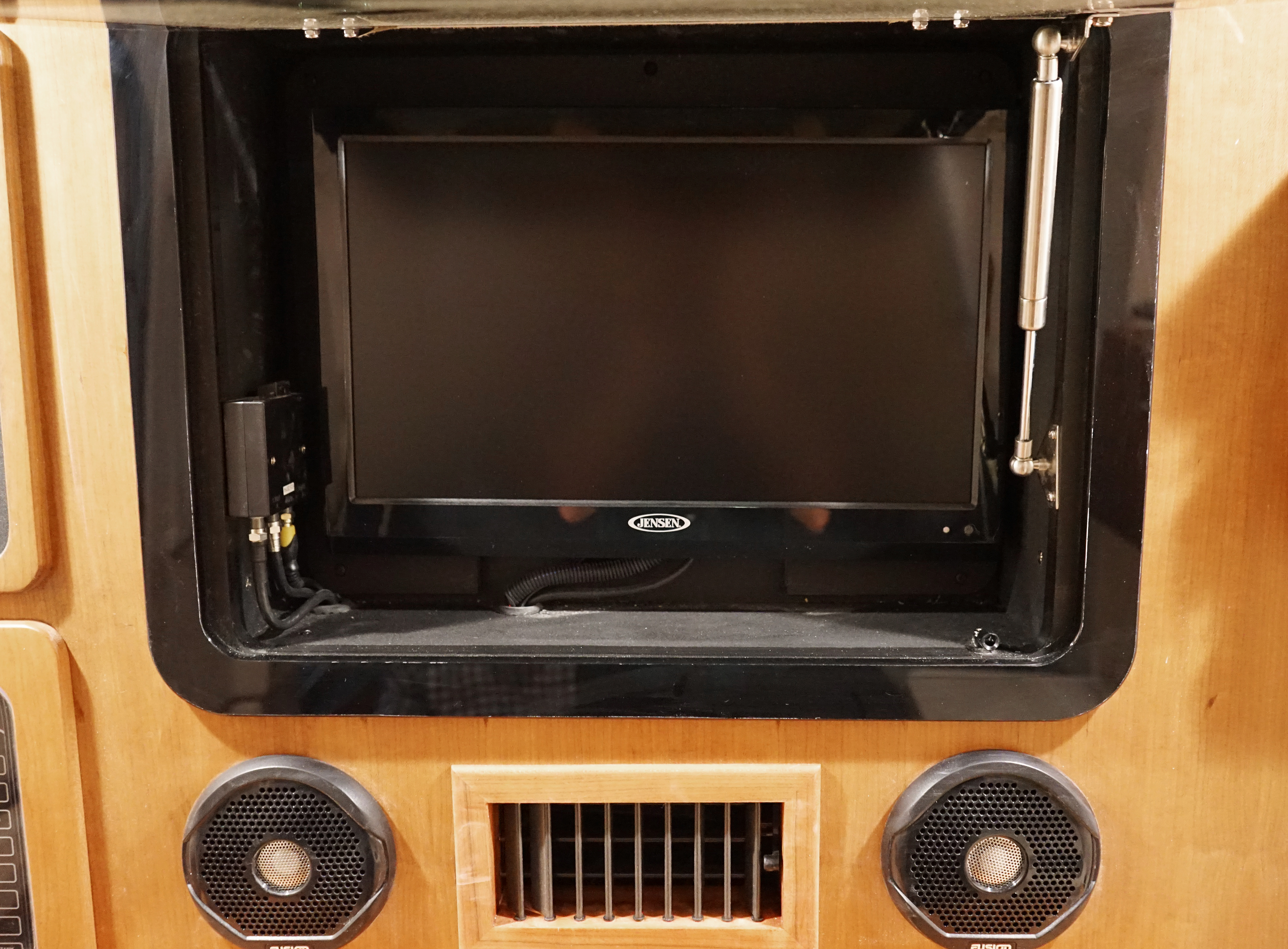 Grady-White Canyon 376, 37-foot center console boat TV in console