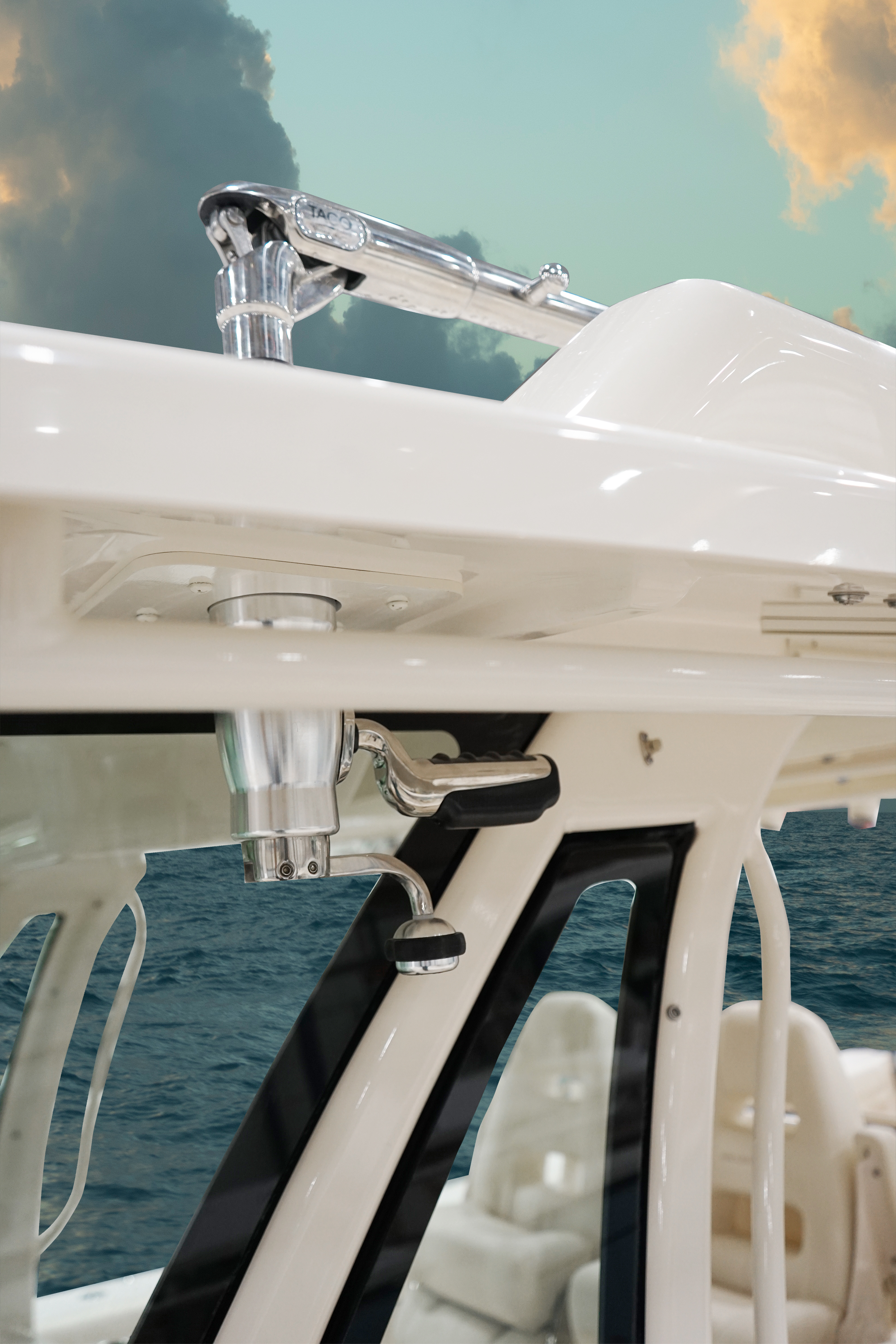 Grady-White Canyon 376, 37-foot center console boat radial outriggers