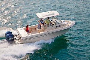 Grady-White Freedom 232 23-foot walkaround cabin fishing boat running
