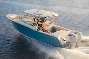 Grady-White Freedom 307 30-foot dual console running port side aft